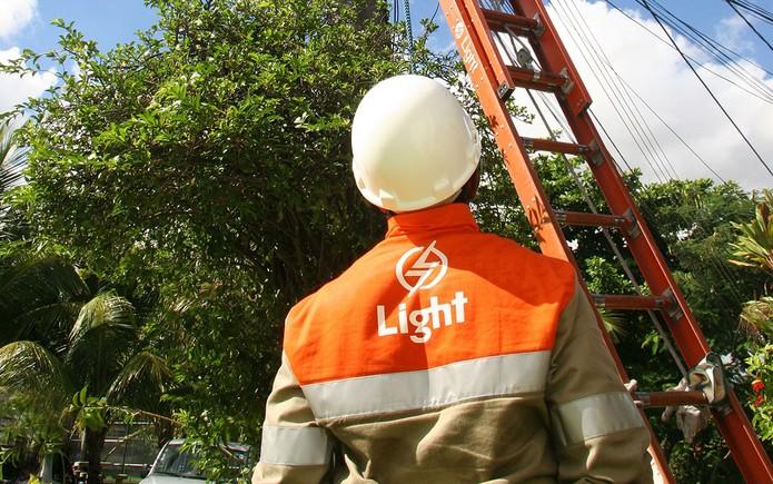 Light S.A. (LIGT3)